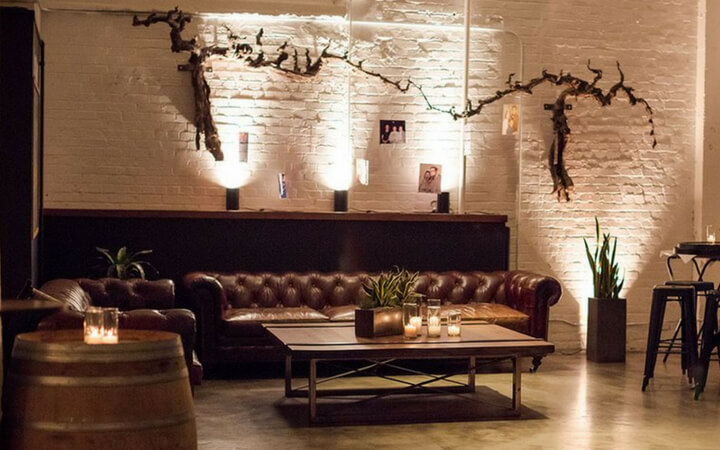 A small breakout space at Dogpatch WineWorks in San Francisco which also serves as a corporate venue